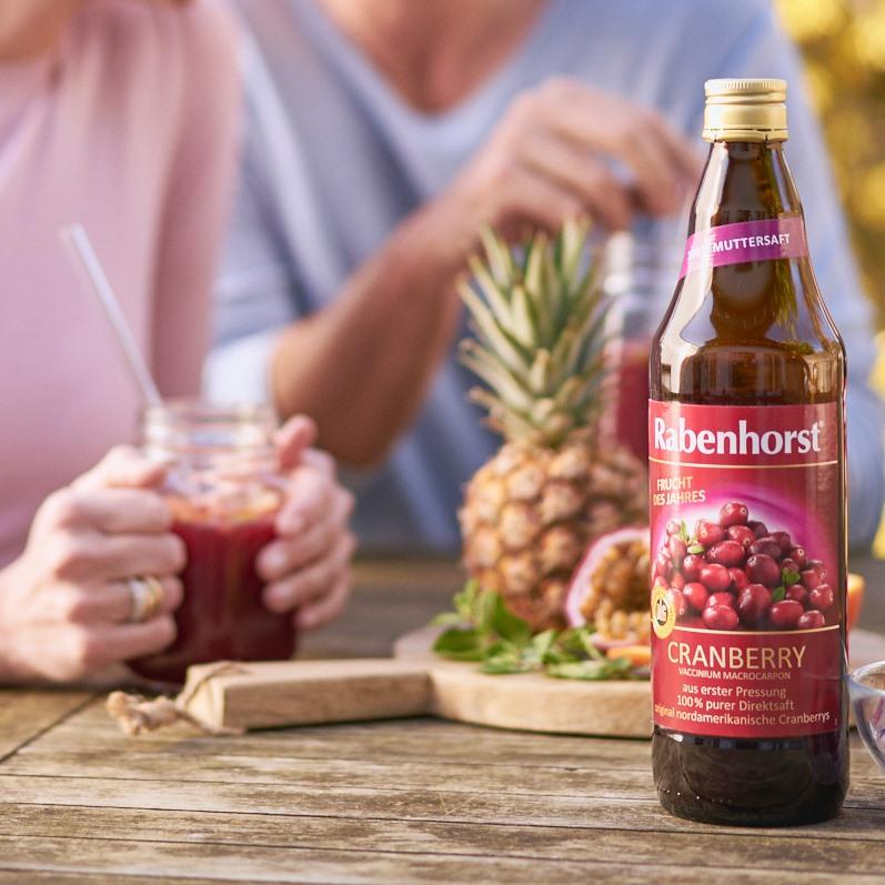 People Enjoying Rabenhorst Cranberry 1